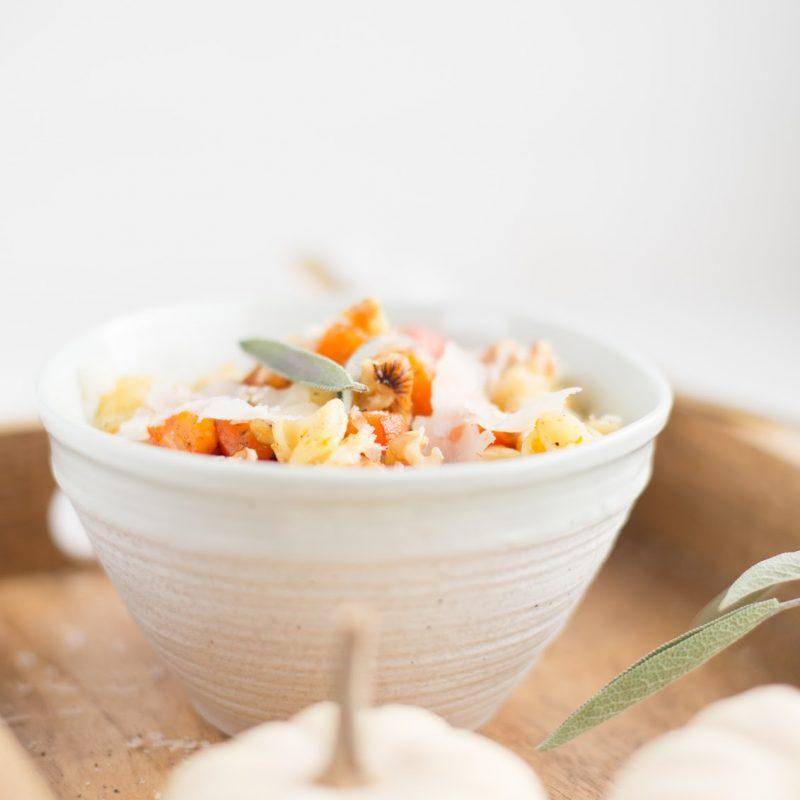 Kürbisnudeln mit Salbei & Parmesan