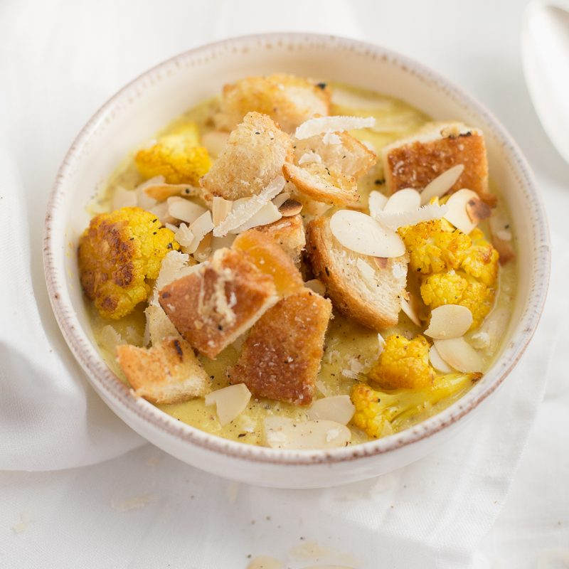 Geröstete Curry Blumenkohlsuppe