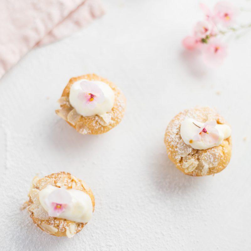 Mandel-Pfirsich-Joghurt Cupcakes