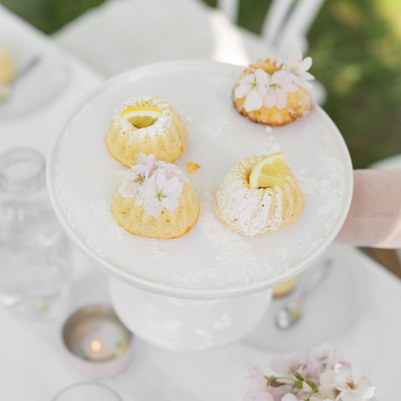 Spring Coffee Time with Lemon Cheesecake & White Chocolate Gugel