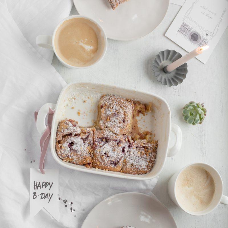 Weiße Schokolade – Himbeer- Schnecken zum Geburtstagsfrühstück & Giveaway