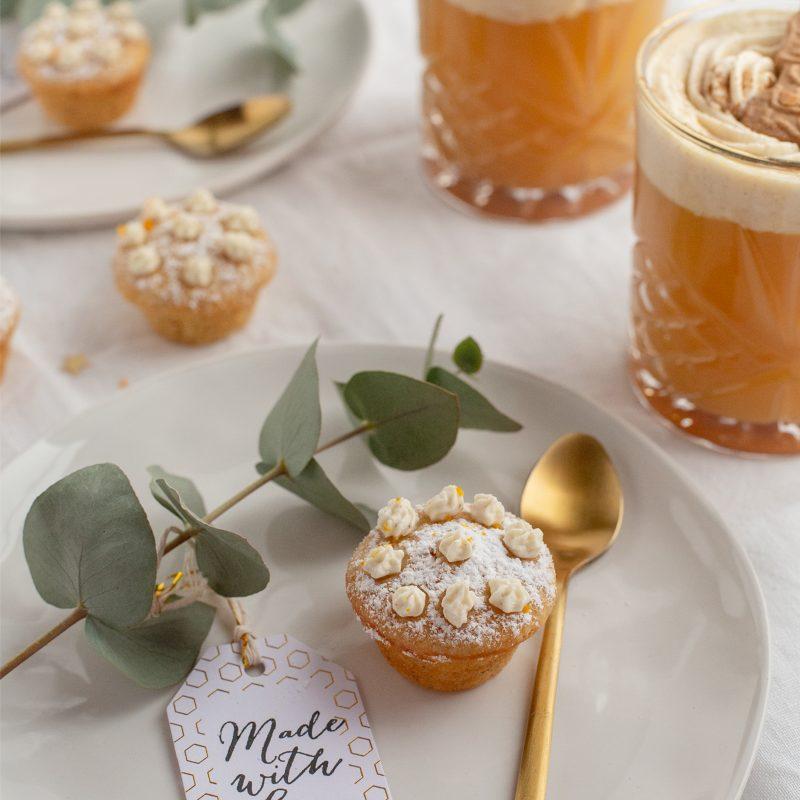 Mini Mandel-Orangen Cupcakes und Winterpunsch mit Spekulatiushaube